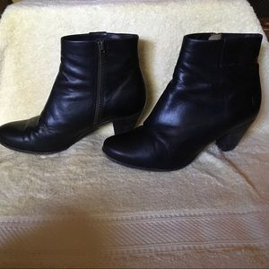 Frye Black Leather Booties, Size 7-7.5